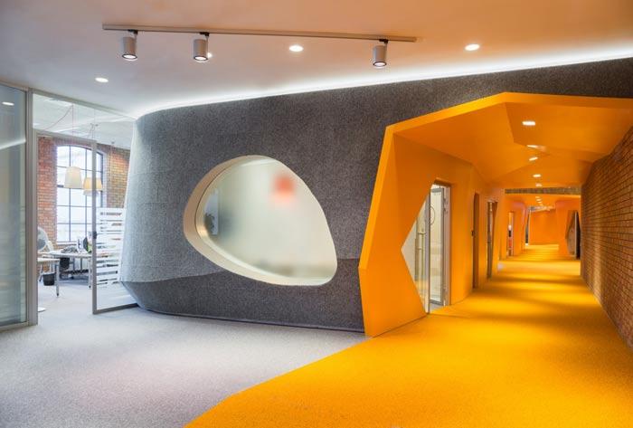 办公室方案设计中木地板翘起的原因?