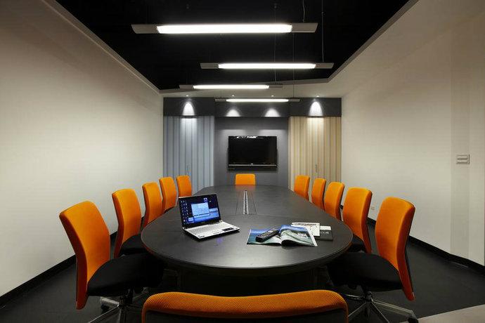 现代简约创意办公室装修效果鉴赏